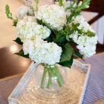 causal-elegant-floral-centerpiece